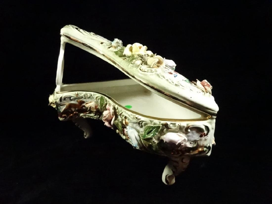 CAPODIMONTE STYLE PORCELAIN GRAND PIANO SCULPTURE, - 4