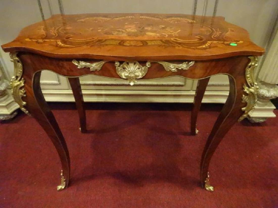 LOUIS XV STYLE MARQUETRY TABLE, GILT METAL ORLMOLU,
