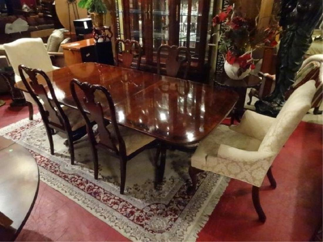 THOMASVILLE MAHOGANY DINING TABLE WITH 6 CHAIRS, 2
