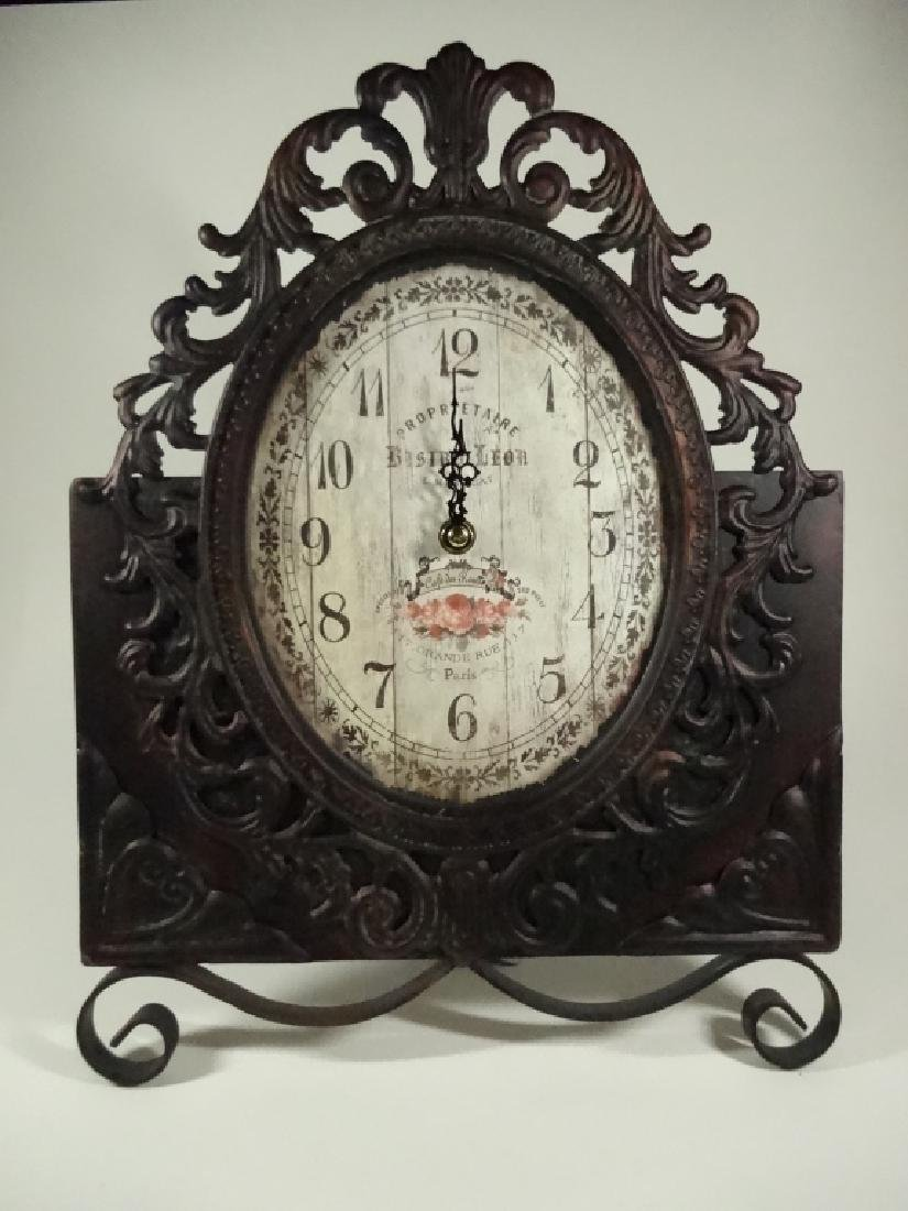 VINTAGE FRENCH STYLE BATTERY OPERATED TABLE CLOCK,