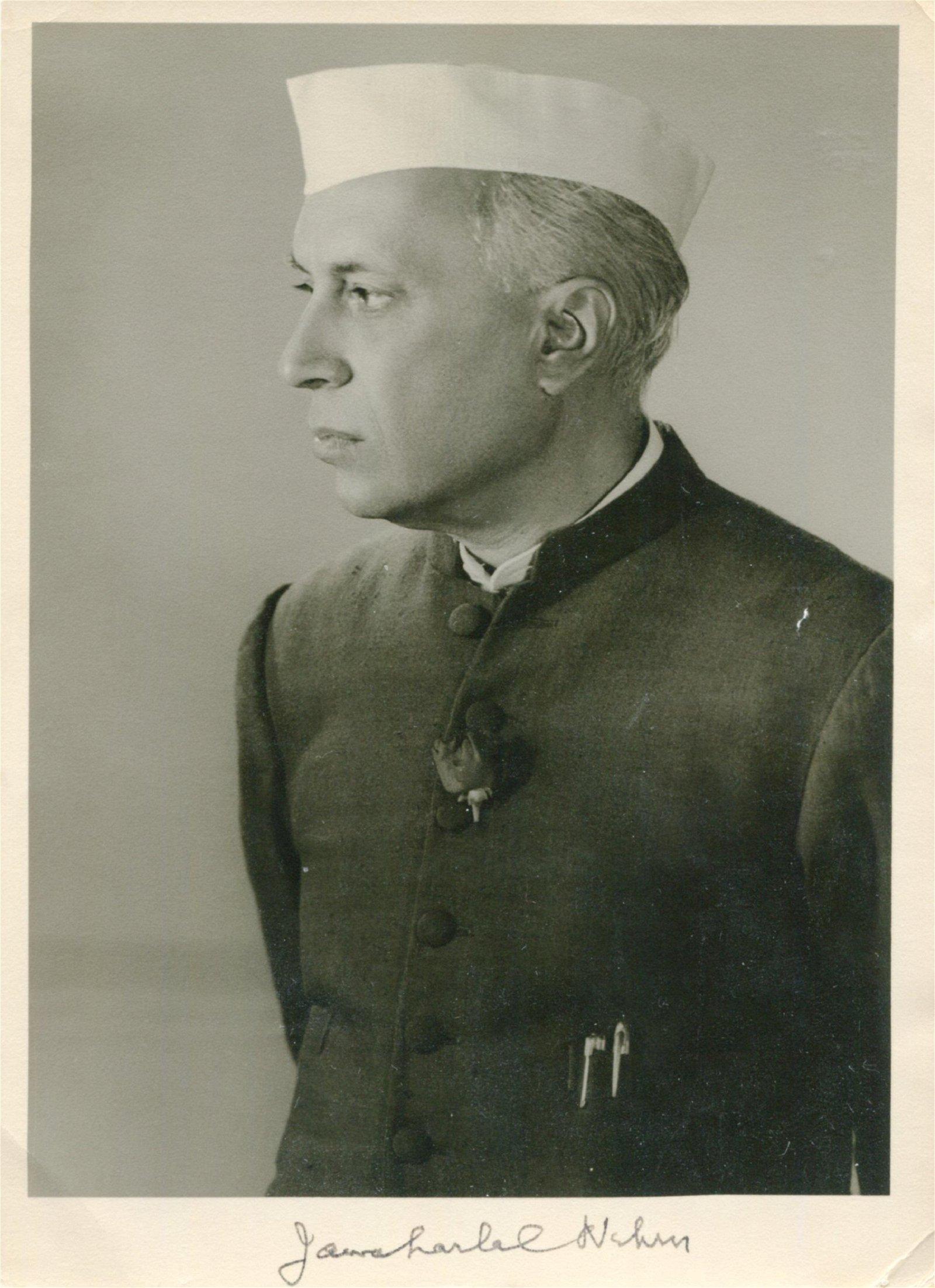 NEHRU JAWAHARLAL: (1889-1964)
