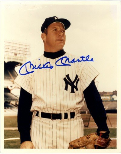 12: MANTLE MICKEY: (1931-1995) American Baseball player