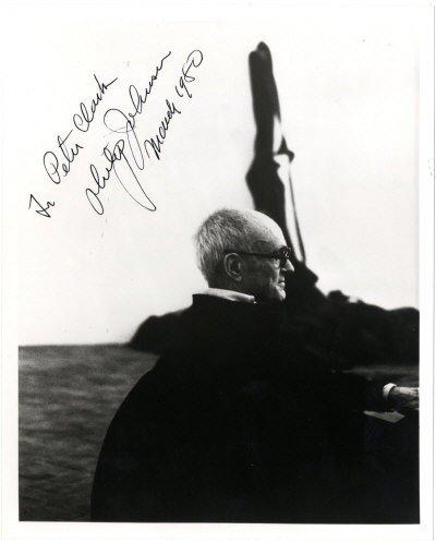 626: JOHNSON PHILIP: (1906-2005) American Architect. Si