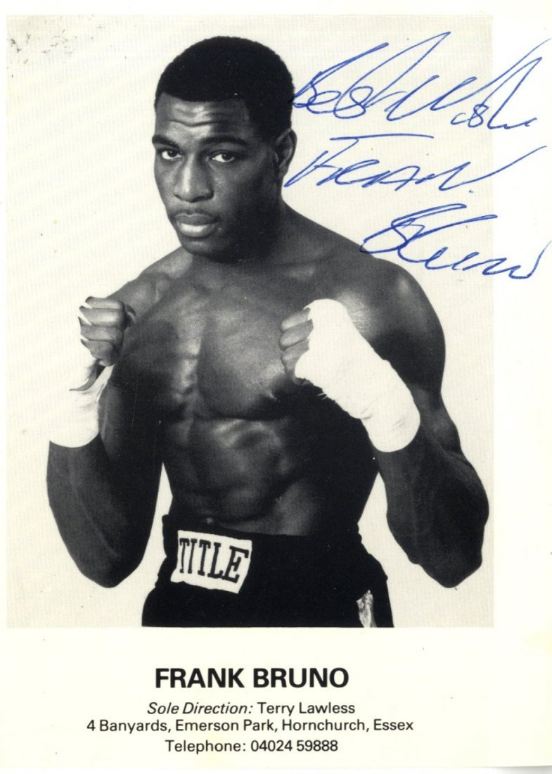 18: BOXING: Selection of signed postcard photographs an