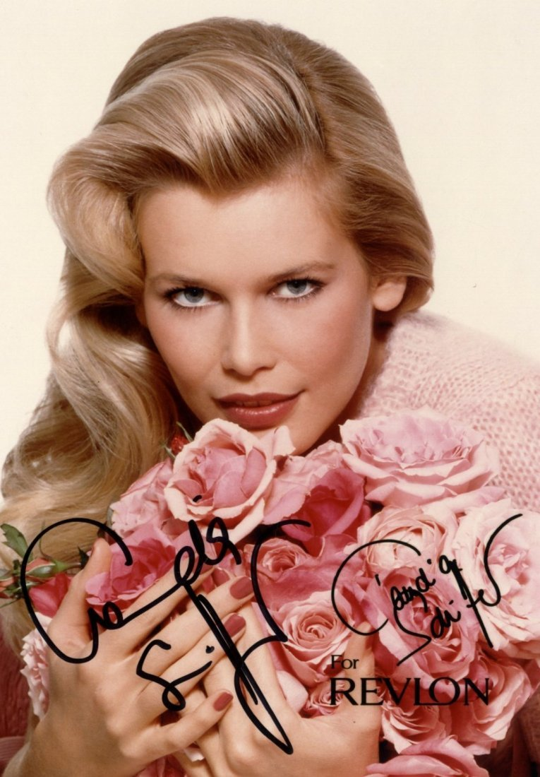 GLAMOUR: Selection of signed postcard photographs and s