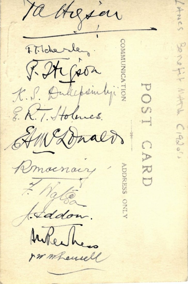 CRICKET.: Vintage signed postcard photograph by a crick