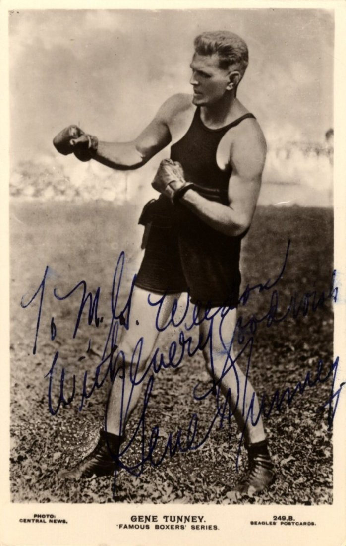BOXING: Small selection of vintage signed postcard