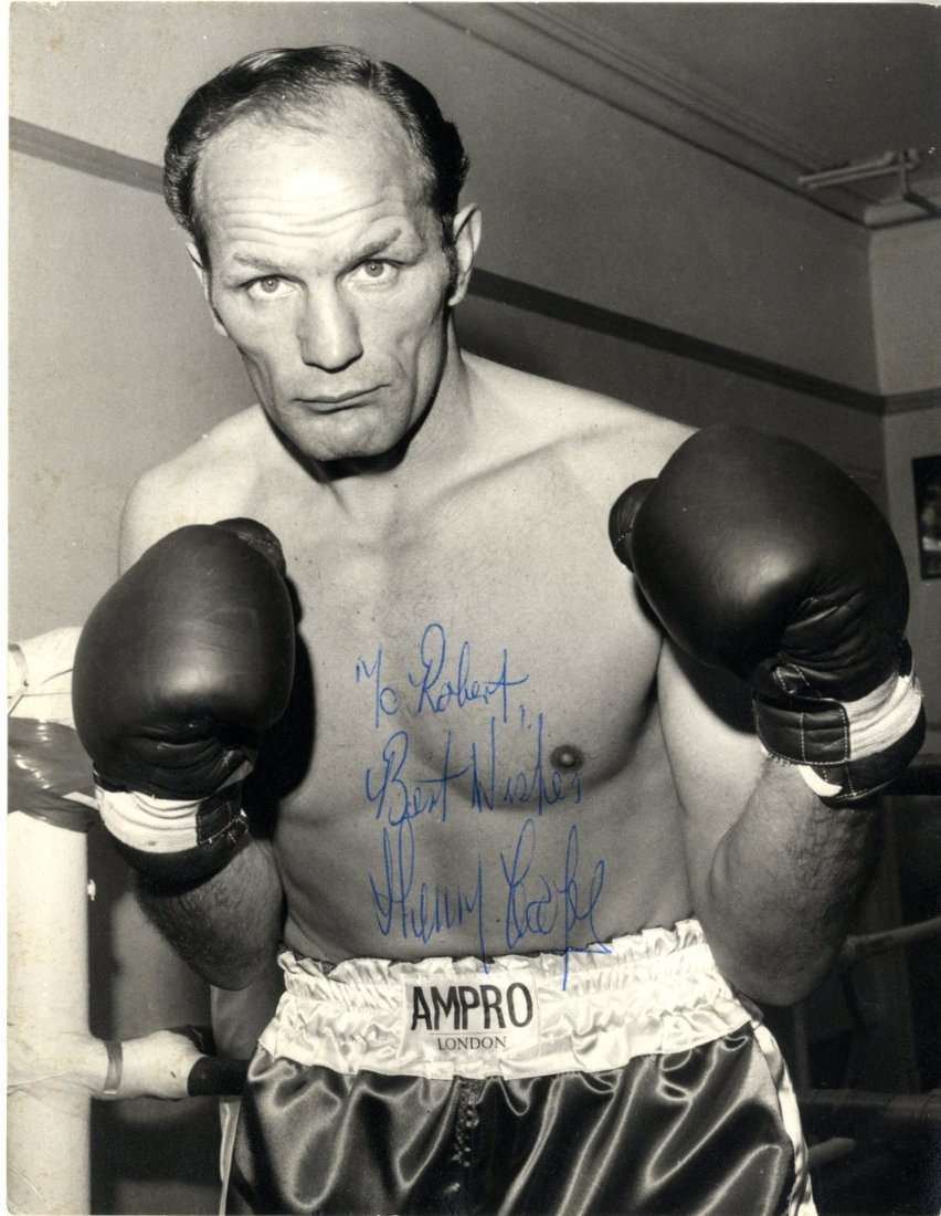 BOXING: Selection of signed postcard photographs and
