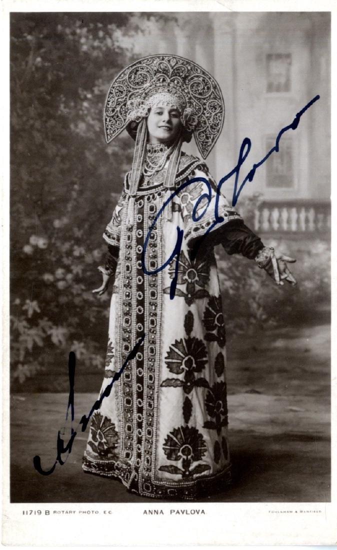 PAVLOVA ANNA: (1881-1931) Russian Prima Ballerina.