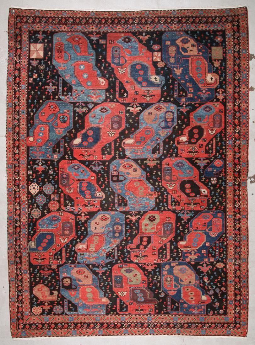 Large Gashgai Style Rug: 9'11'' x 13'8'' (302 x 417 cm)