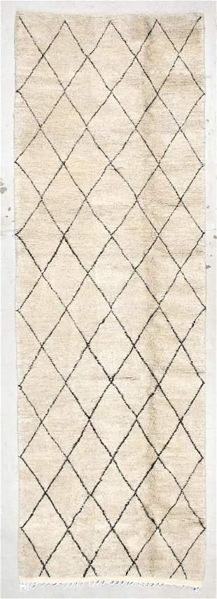 Moroccan Rug: 4'4'' x 13'1'' (132 x 399 cm)