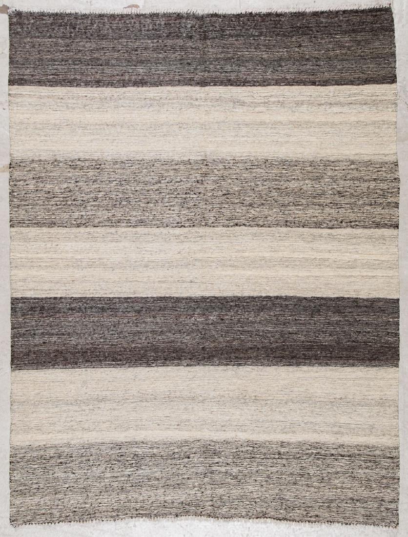 Modern Striped Kilim: 4'4'' x 5'9'' (132 x 175 cm)