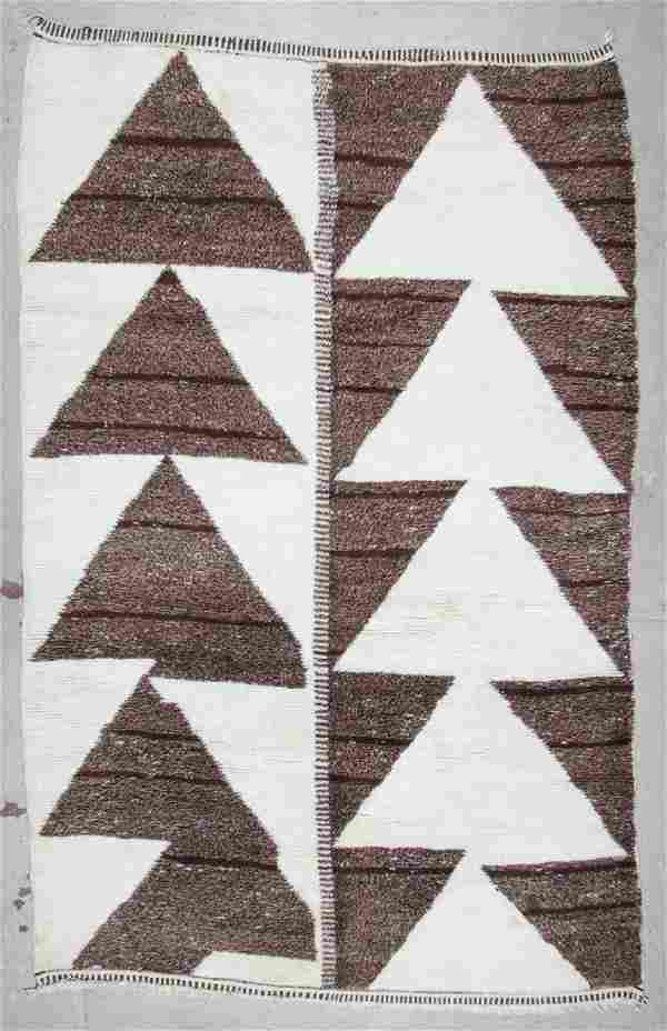 Moroccan Rug: 7' x 10'2'' (213 x 310 cm)