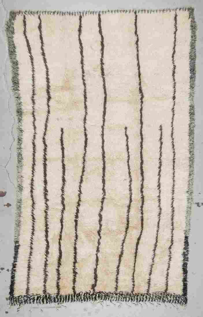 Moroccan Beni Ourain Rug: 6'2'' x 9'9'' (188 x 297 cm)