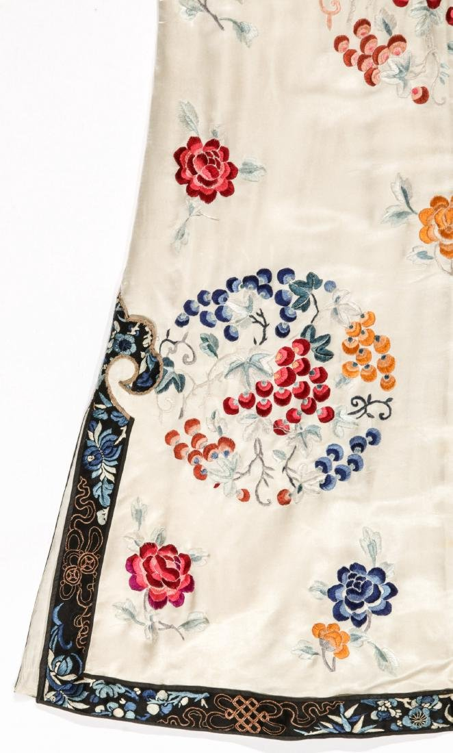 Chinese Silk Embroidered Robe - 10