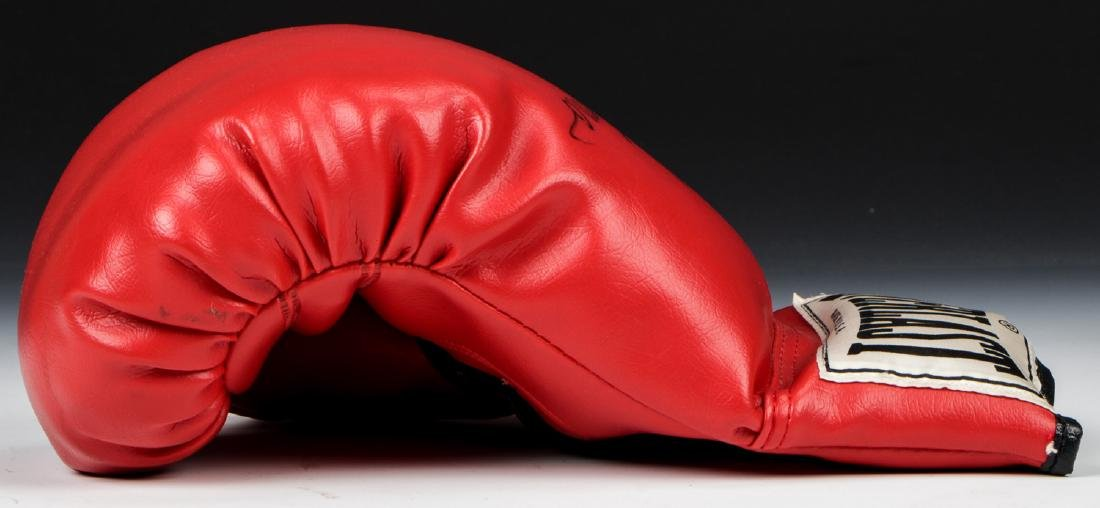George Forman Signed Boxing Glove - 6