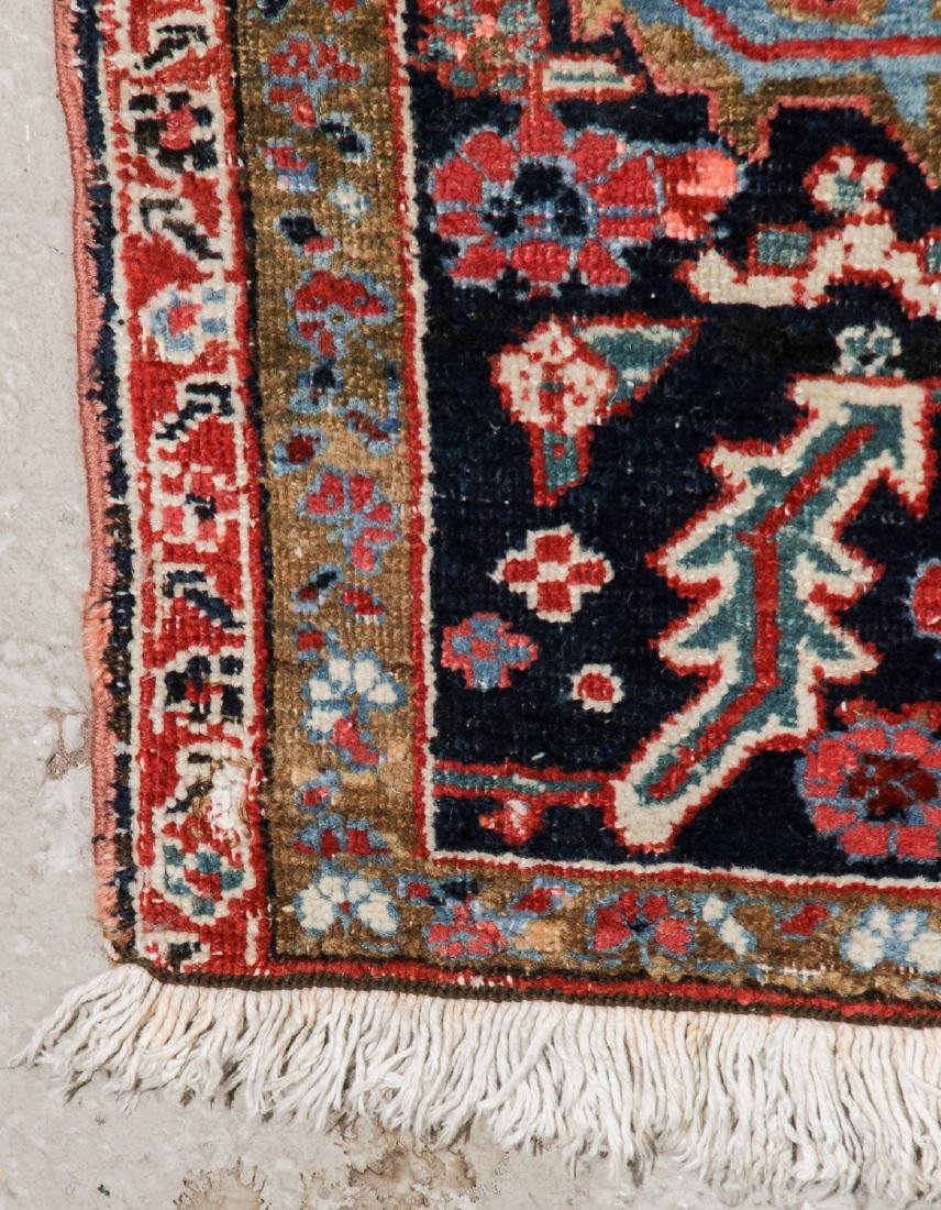 Antique Mansion-Size Heriz Rug: 11'5'' x 17'3'' - 4