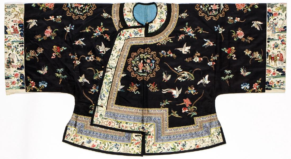Fine Antique Chinese Silk Embroidered Robe