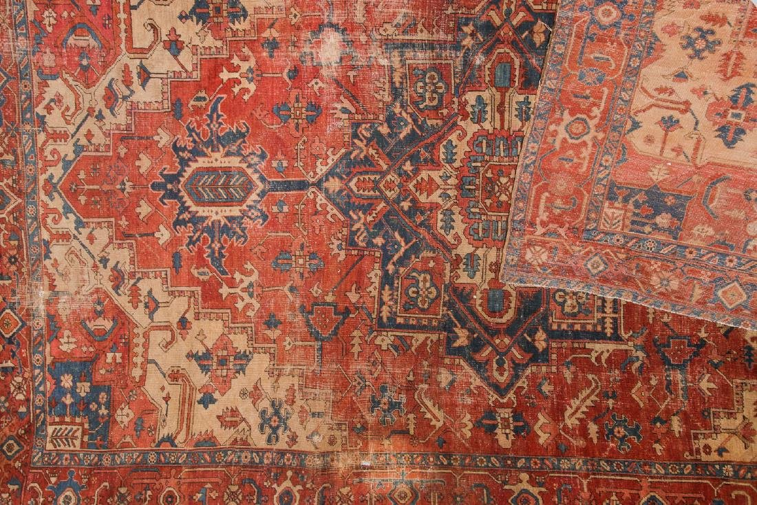 Antique Serapi Rug, Persia: 9'3'' x 13'11'' - 4