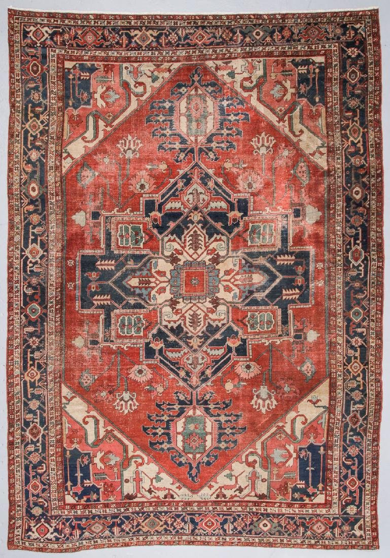 Antique Serapi Rug, Persia: 9'8'' x 13'10''
