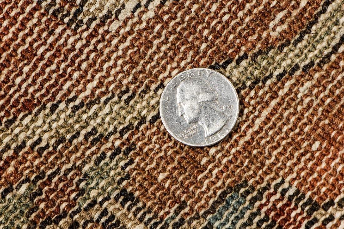 Antique Baktiari Rug, Persia: 4'11'' x 6'6'' - 5