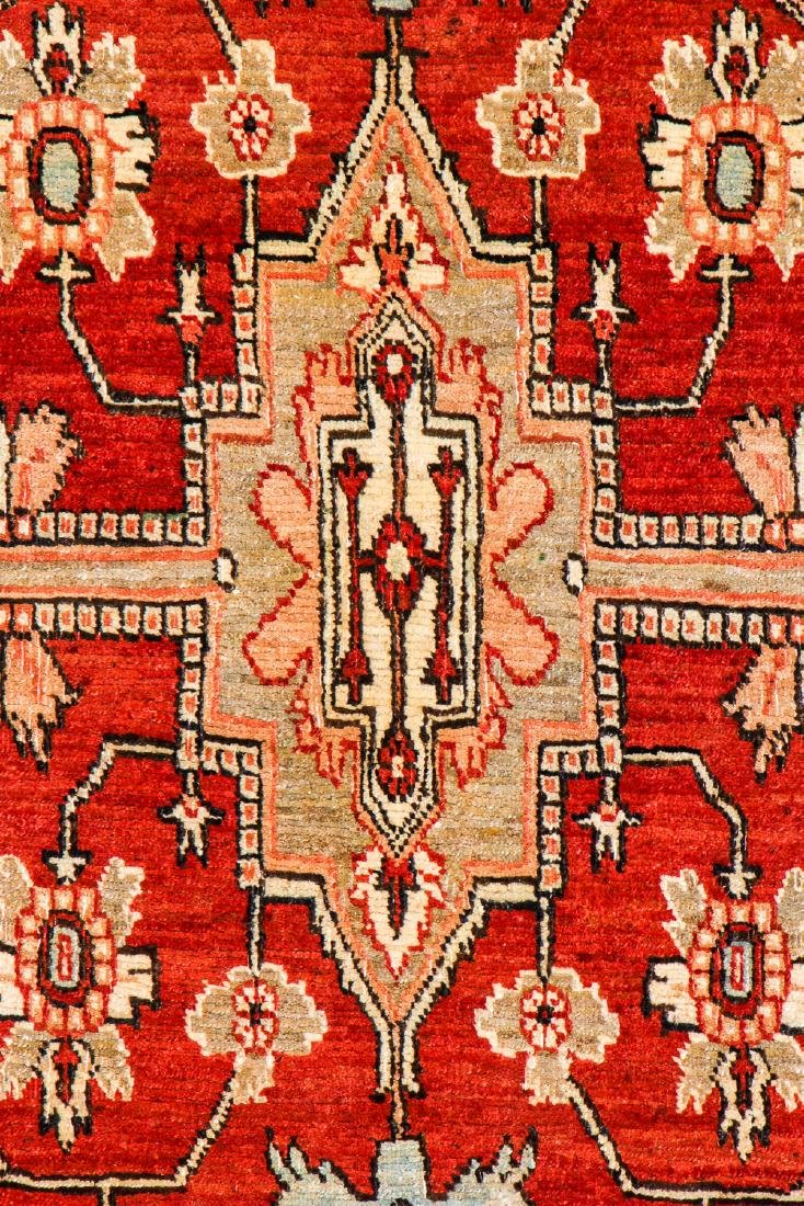 Serapi Rug, Persia: 4'3'' x 6'10'' (130 x 208 cm) - 2