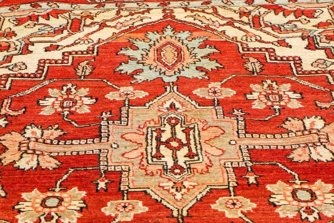 Serapi Rug, Persia: 4'3'' x 6'10'' (130 x 208 cm) - 6