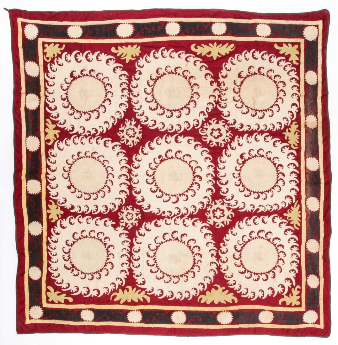 Samarkand Suzani, Early 20th c.: 91'' x 94'