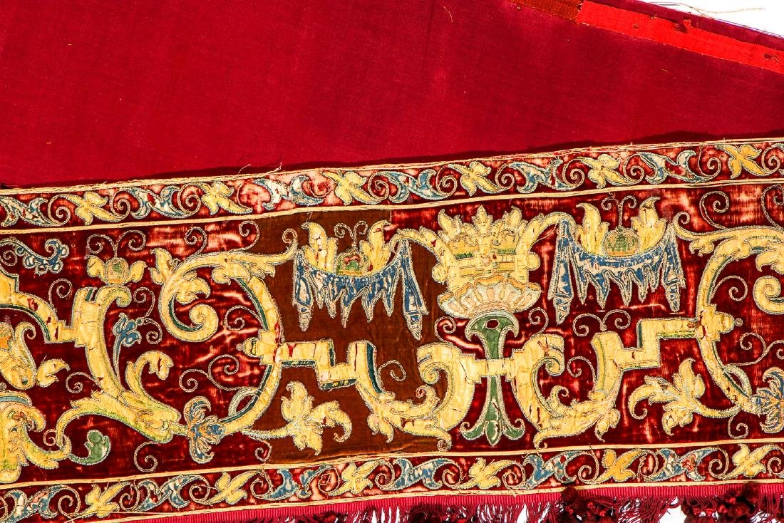 17th C. Valance, Ropes & Velvet Wall Hung Pouch - 6