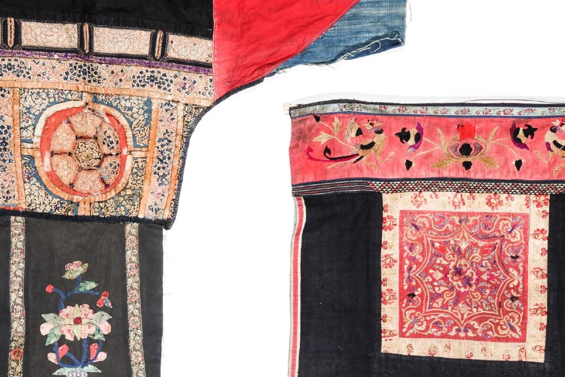 4 South China Embroidered Dresses, Early 20th C - 7