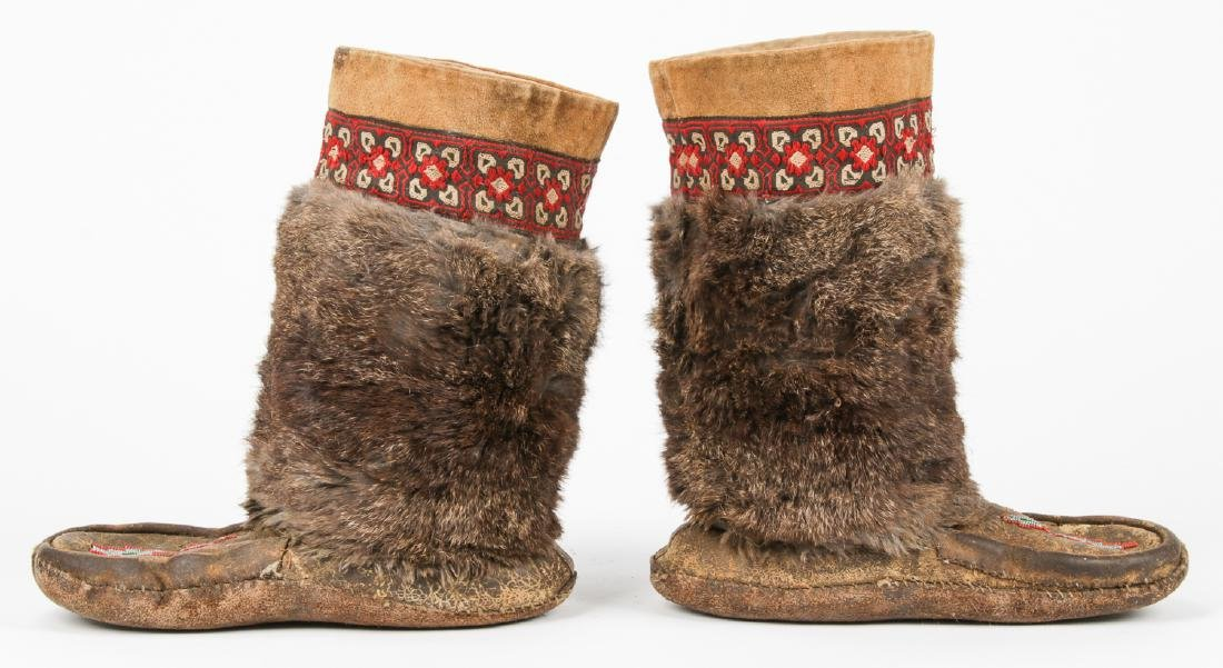 Pair of Old Inuit Beaded Mukluks/Boots - 2