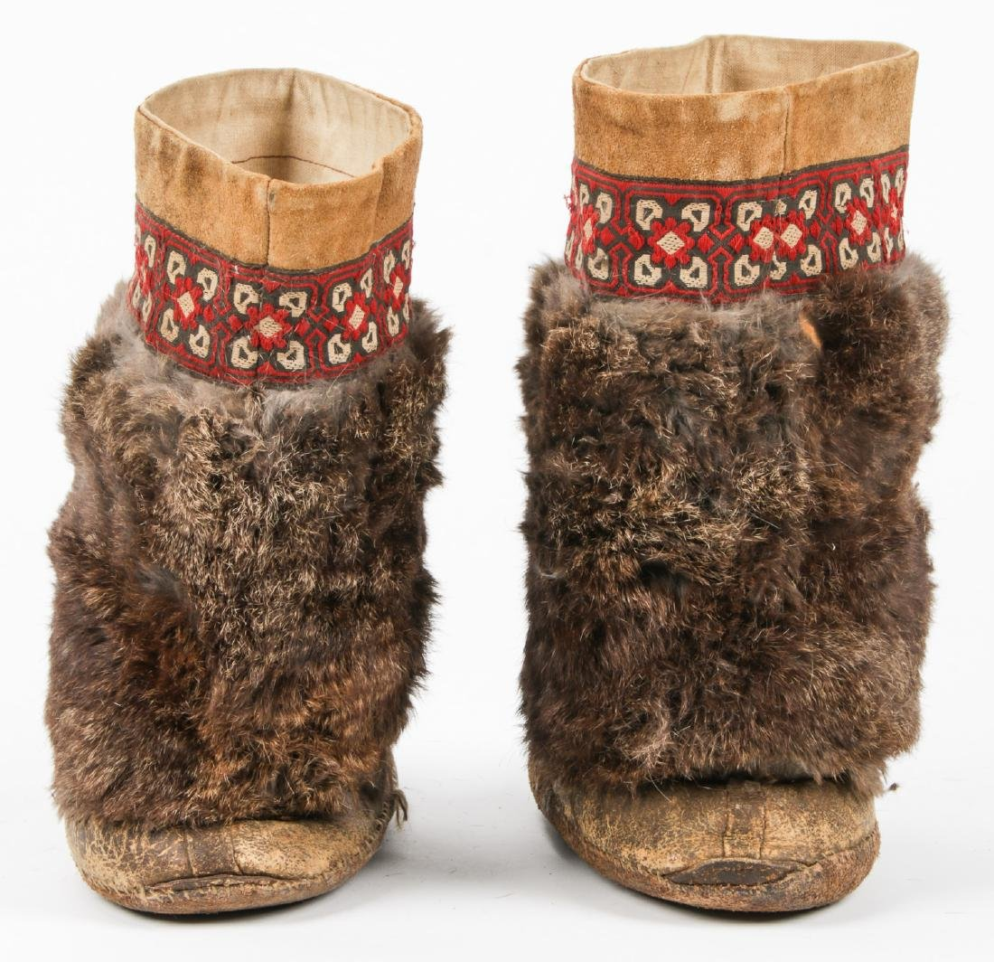 Pair of Old Inuit Beaded Mukluks/Boots - 4