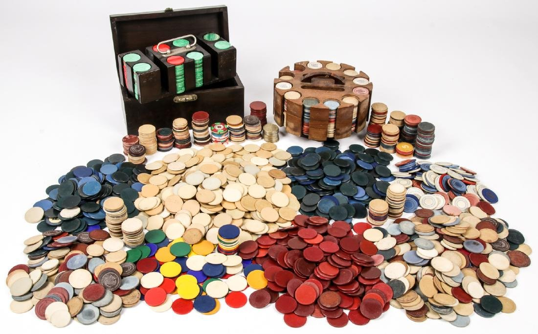 Group of 2000+ Vintage Poker Chips