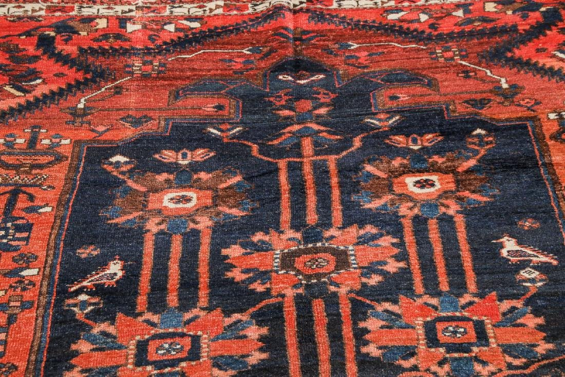 Antique Baktiari Rug, Persia: 5'2'' x 9'7'' - 6
