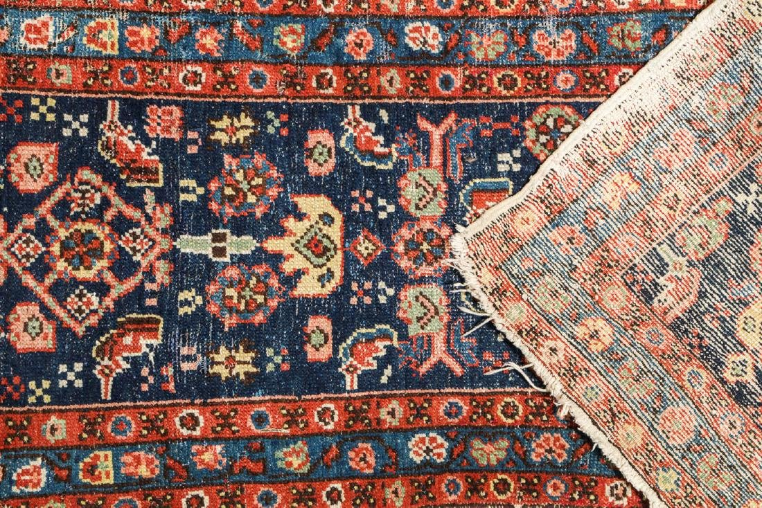 Antique Heriz Rug, Persia: 2'6'' x 8'7'' - 5