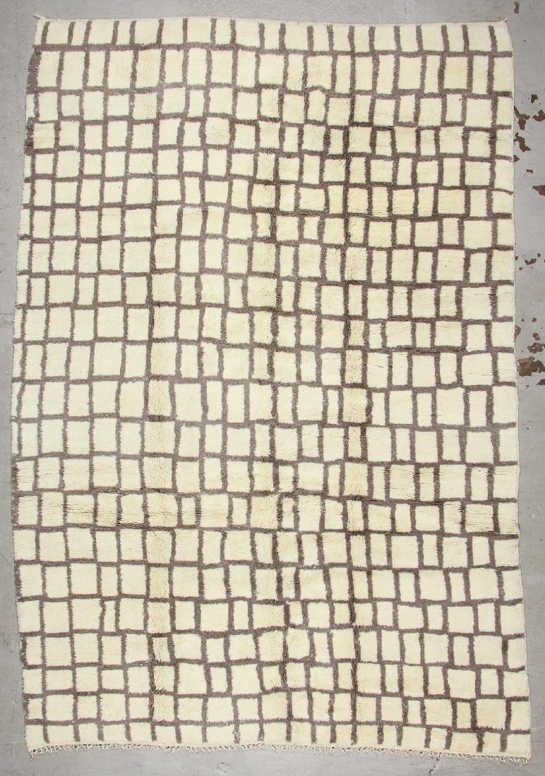 Modern Beni Ourain Rug, Morocco: 8'5'' x 12'5''