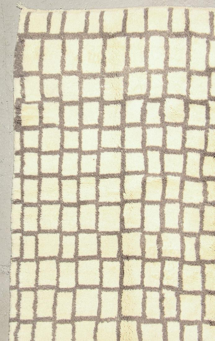 Modern Beni Ourain Rug, Morocco: 8'5'' x 12'5'' - 2