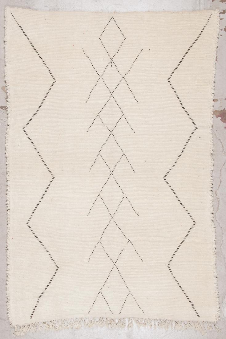 Modern Beni Ourain Rug: 5'6'' x 8'1'' - 7