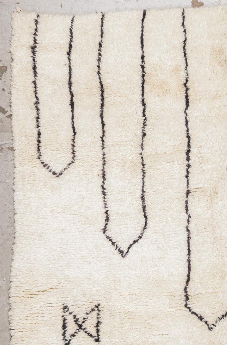 Modern Beni Ourain Rug: 5'6'' x 7'10'' - 3
