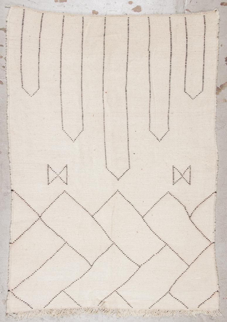 Modern Beni Ourain Rug: 5'6'' x 7'10'' - 7