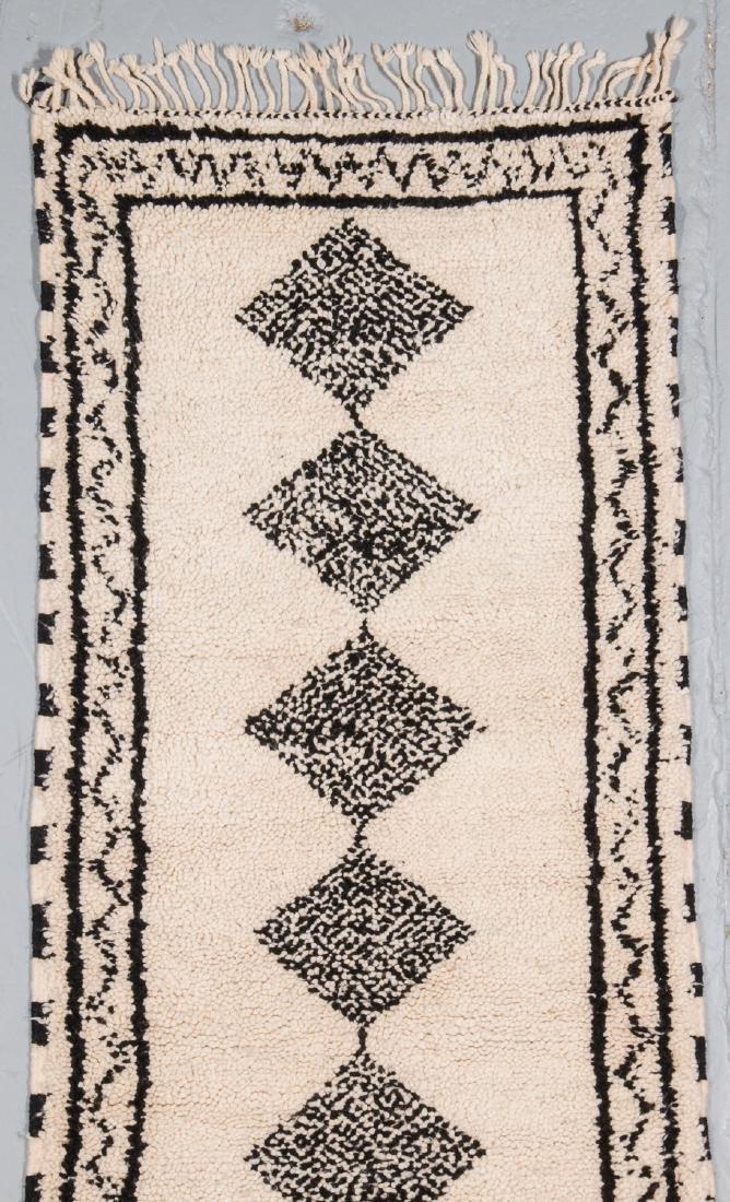 Modern Beni Ourain Rug: 2'8'' x 16' - 2