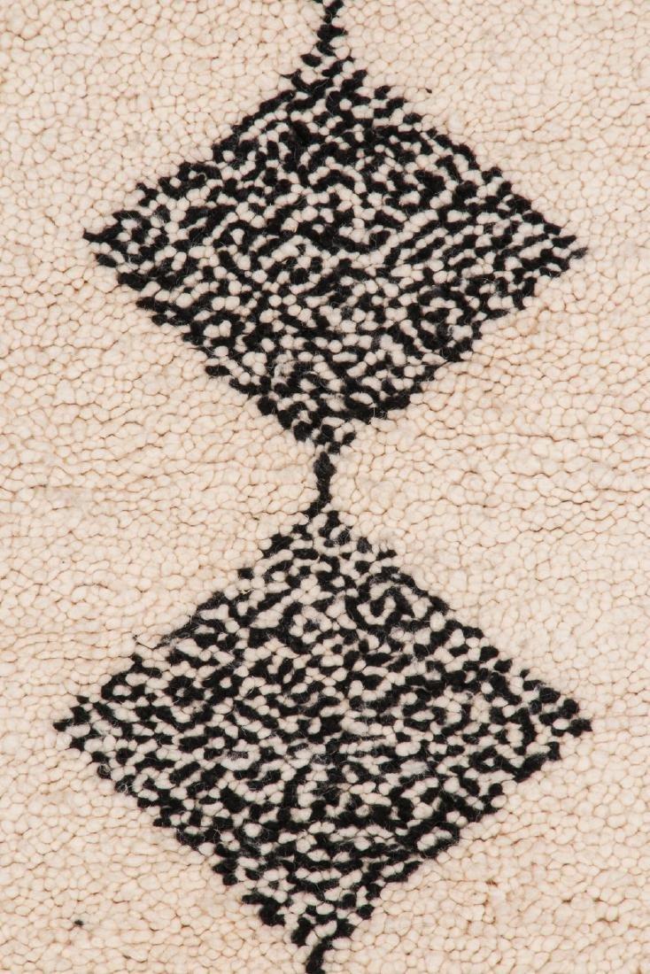 Modern Beni Ourain Rug: 2'8'' x 16' - 3