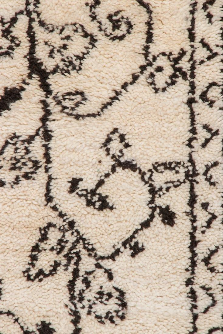Modern Beni Ourain Rug, Morocco: 2'4'' x 11'9'' - 3