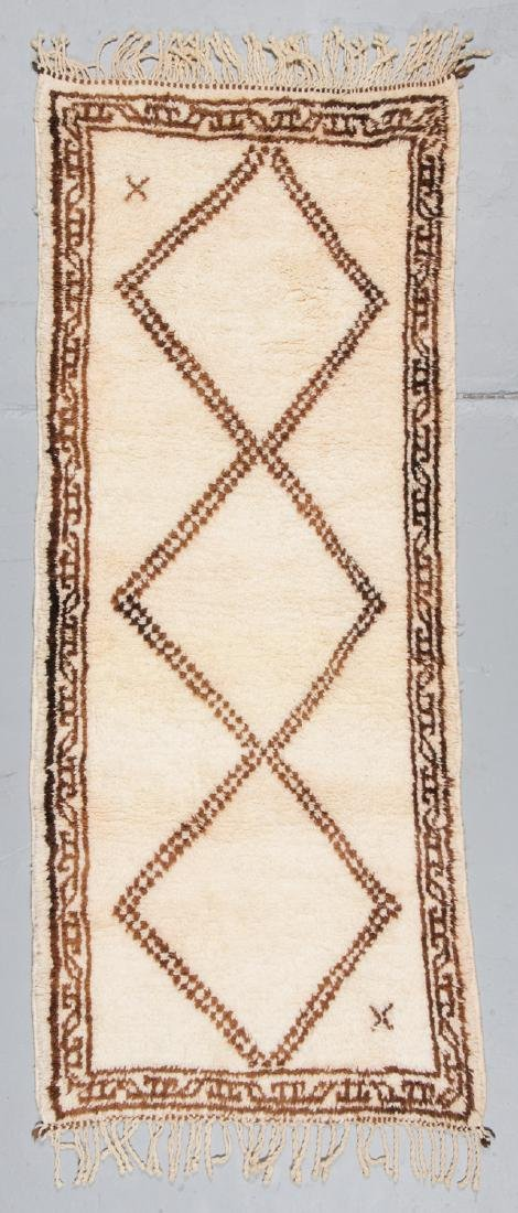 Modern Beni Ourain Rug, Morocco: 2'10'' x 6'9''