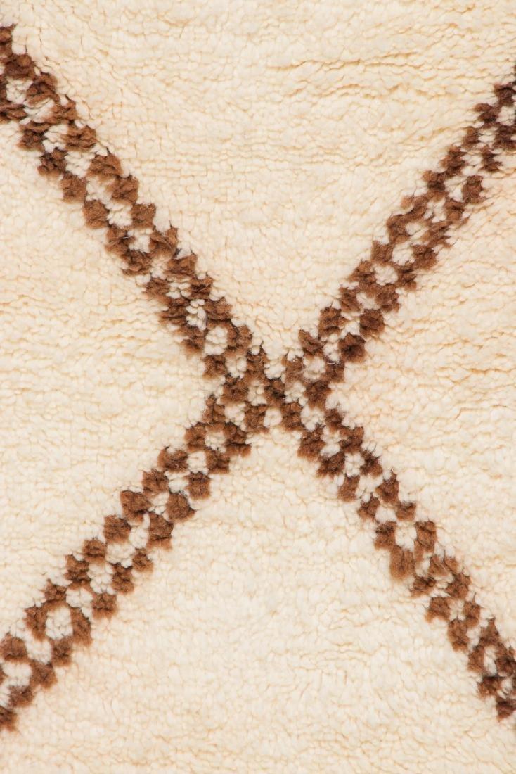 Modern Beni Ourain Rug, Morocco: 2'10'' x 6'9'' - 2