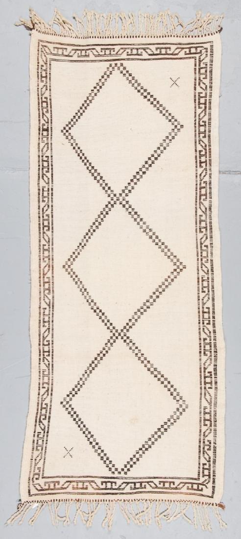 Modern Beni Ourain Rug, Morocco: 2'10'' x 6'9'' - 7
