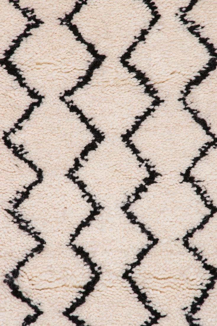 Modern Beni Ourain Rug, Morocco: 2'11'' x 9'10'' - 3