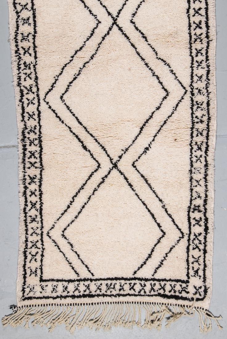 Modern Beni Ourain Rug, Morocco: 3'2'' x 8'6'' - 2