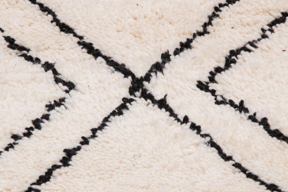 Modern Beni Ourain Rug, Morocco: 3'2'' x 8'6'' - 6