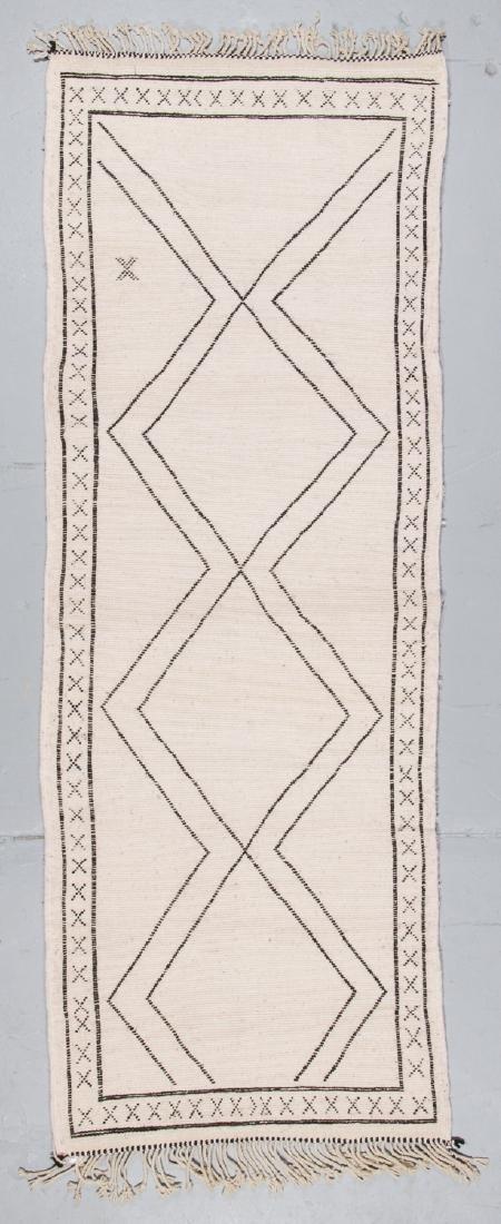 Modern Beni Ourain Rug, Morocco: 3'2'' x 8'6'' - 7